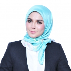 Square Scarf Exclusive Petals PTL01