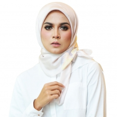 Square Scarf Exclusive Petals PTL03