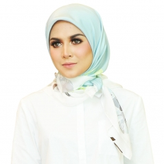 Square Scarf Exclusive Petals PTL04